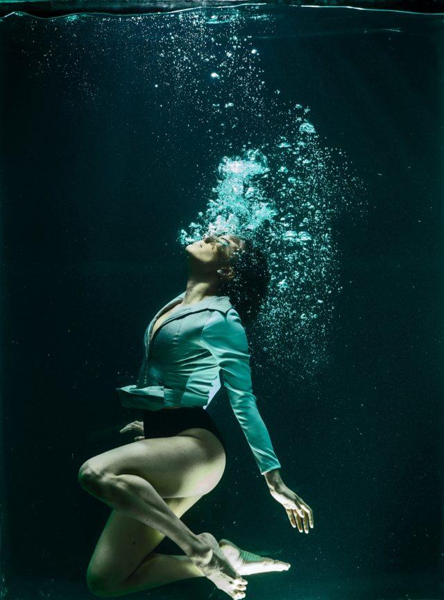 Woman underwater - Kai Wellness Los Angeles